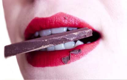 Is there a relationship between chocolate and acne? Let's find out.
